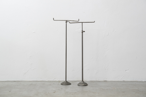 Display T bar stand